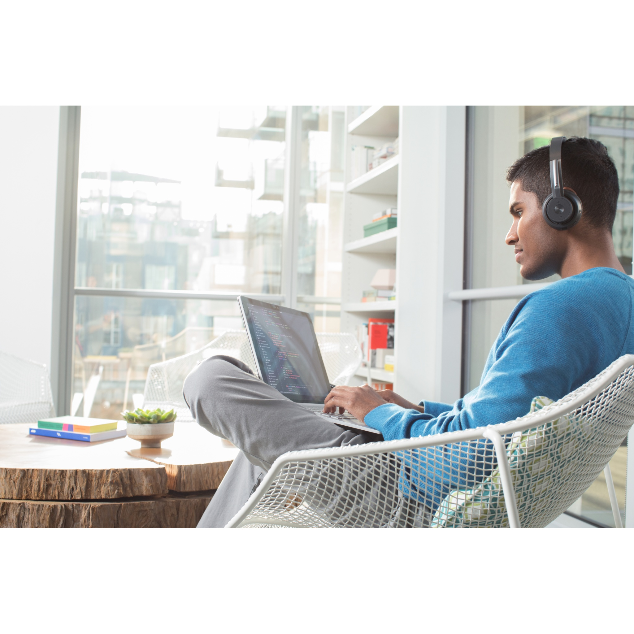 Logitech Zone Binaural Wireless Bluetooth Headset Graphite Black